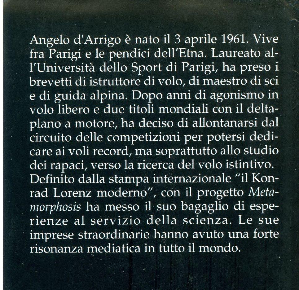 In volo sopra il mondo - Angelo D'Arrigo - Retro Copertina ritagliata