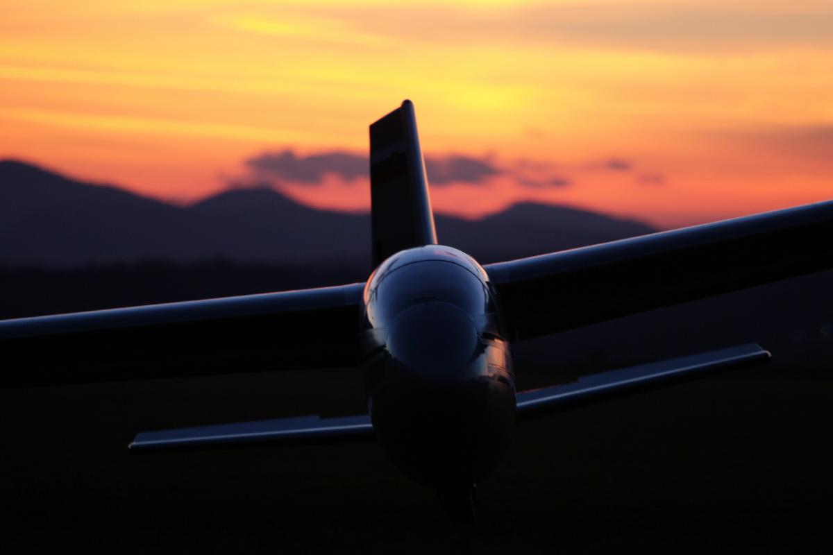 blanik al tramonto